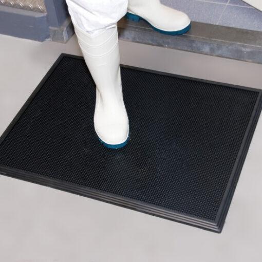 alfombra-desinfeccion-zapatos-01