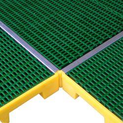 Tapajunta de acero inoxidalbe para plataforma 161 cm x 4 cm x 3,5 cm